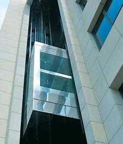 Ανακαίνιση και πιστοποίηση ανελκυστήρα για ασφάλεια και οικονομία